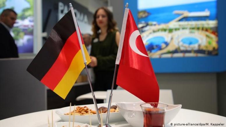 Alman şirketler Türkiye'deki yatırımları azaltmayı planlıyor