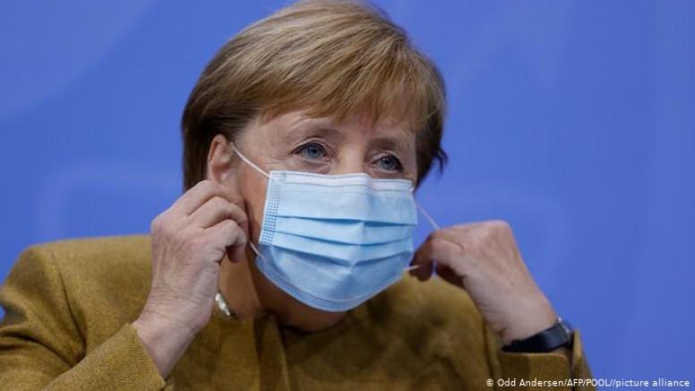 Almanya'da korona kısıtlamalarına devam