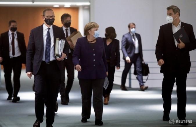 Almanya'da koronavirüs önlemleri, 10 Ocak'a kadar uzatıldı