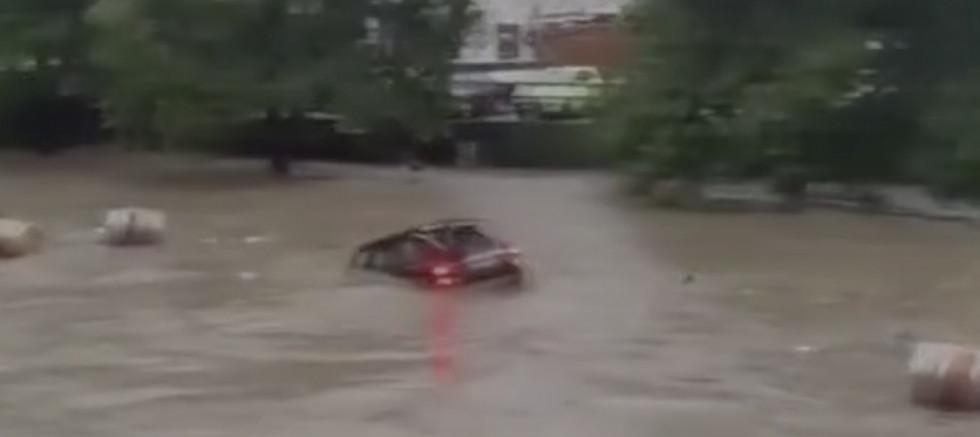 Almanya'daki sel ve su baskınlarında bilanço ağırlaşıyor! Ölenlerin sayısı 90'a yükseldi