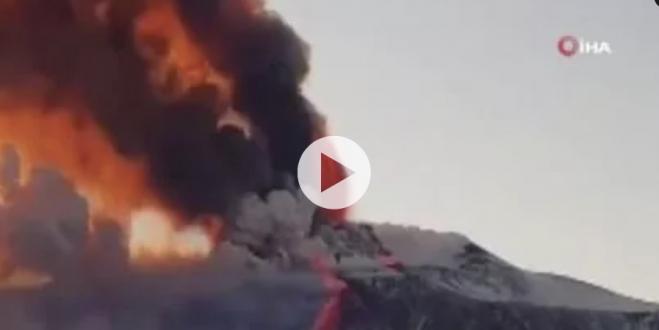 İtalya'nın Sicilya Adası'nda bulunan Etna Yanardağı yeniden faaliyete geçti.