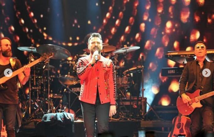 Megastar Tarkan'dan Köln'de Muhteşem Konser