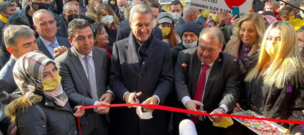 Mustafa Sarıgül'ün katılımlarıyla Balıkesir İktidara Hazırlık Merkezi açıldı.